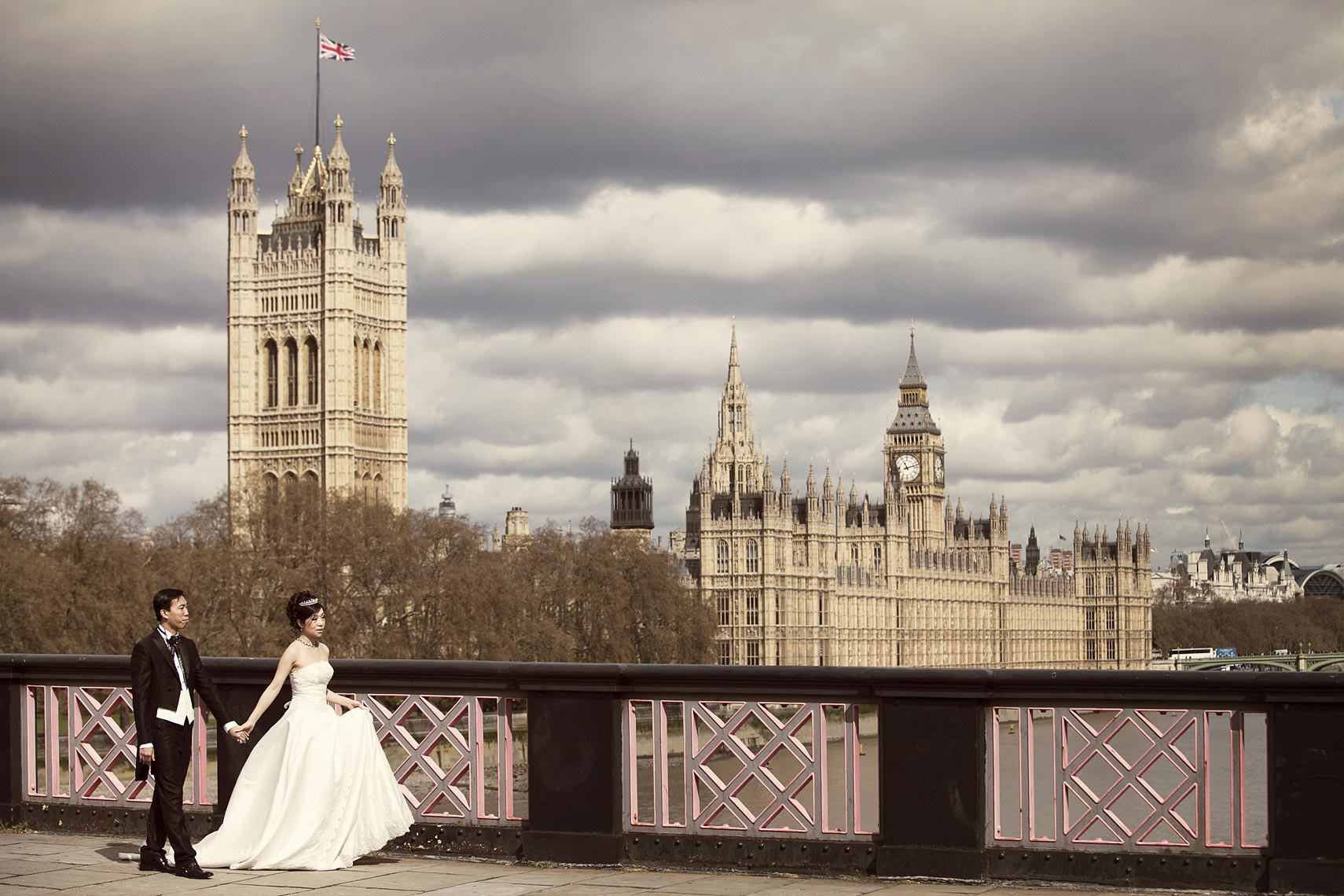 contemporary-London-wedding-image.jpg
