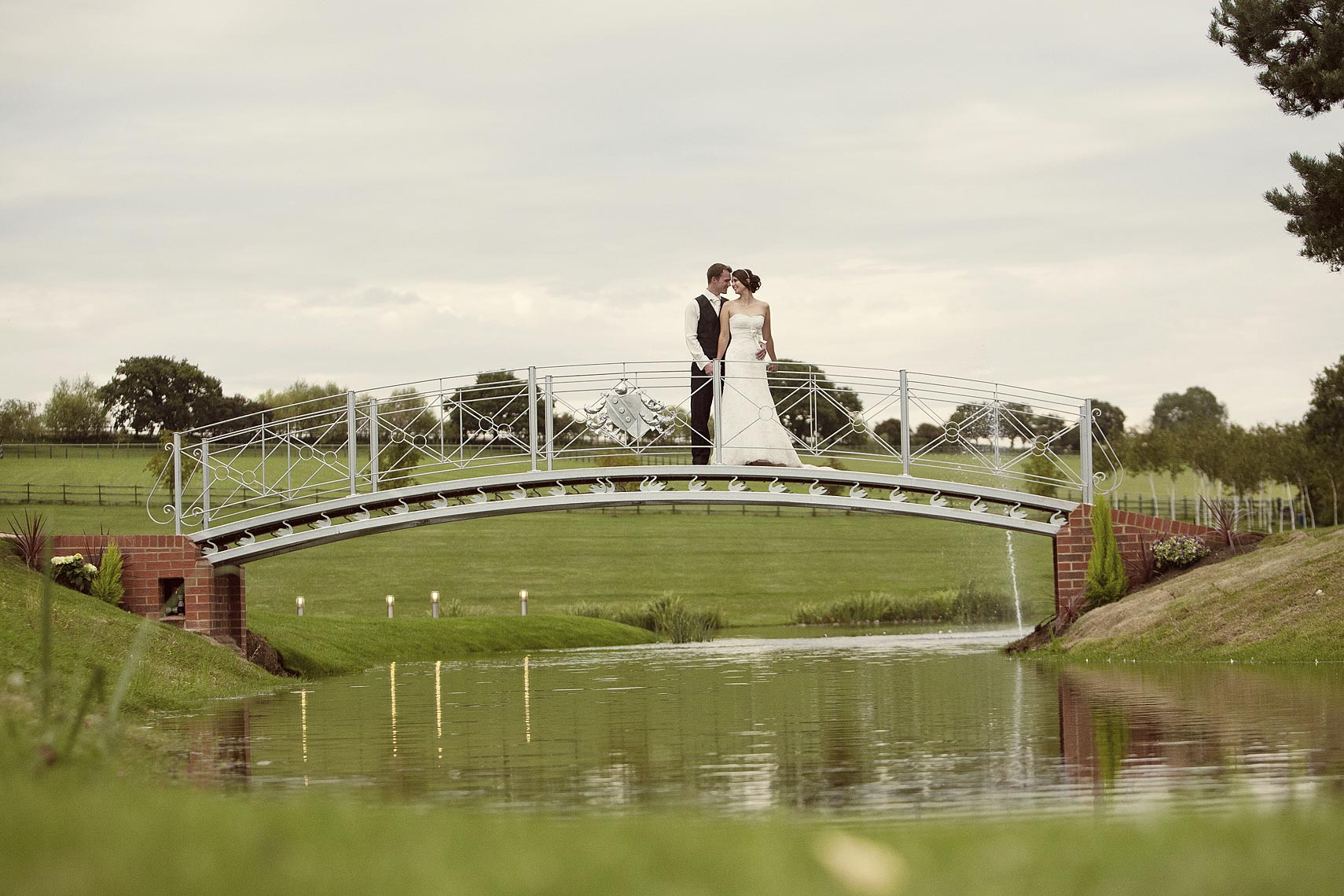 contemporary-Essex-wedding-photography.jpg