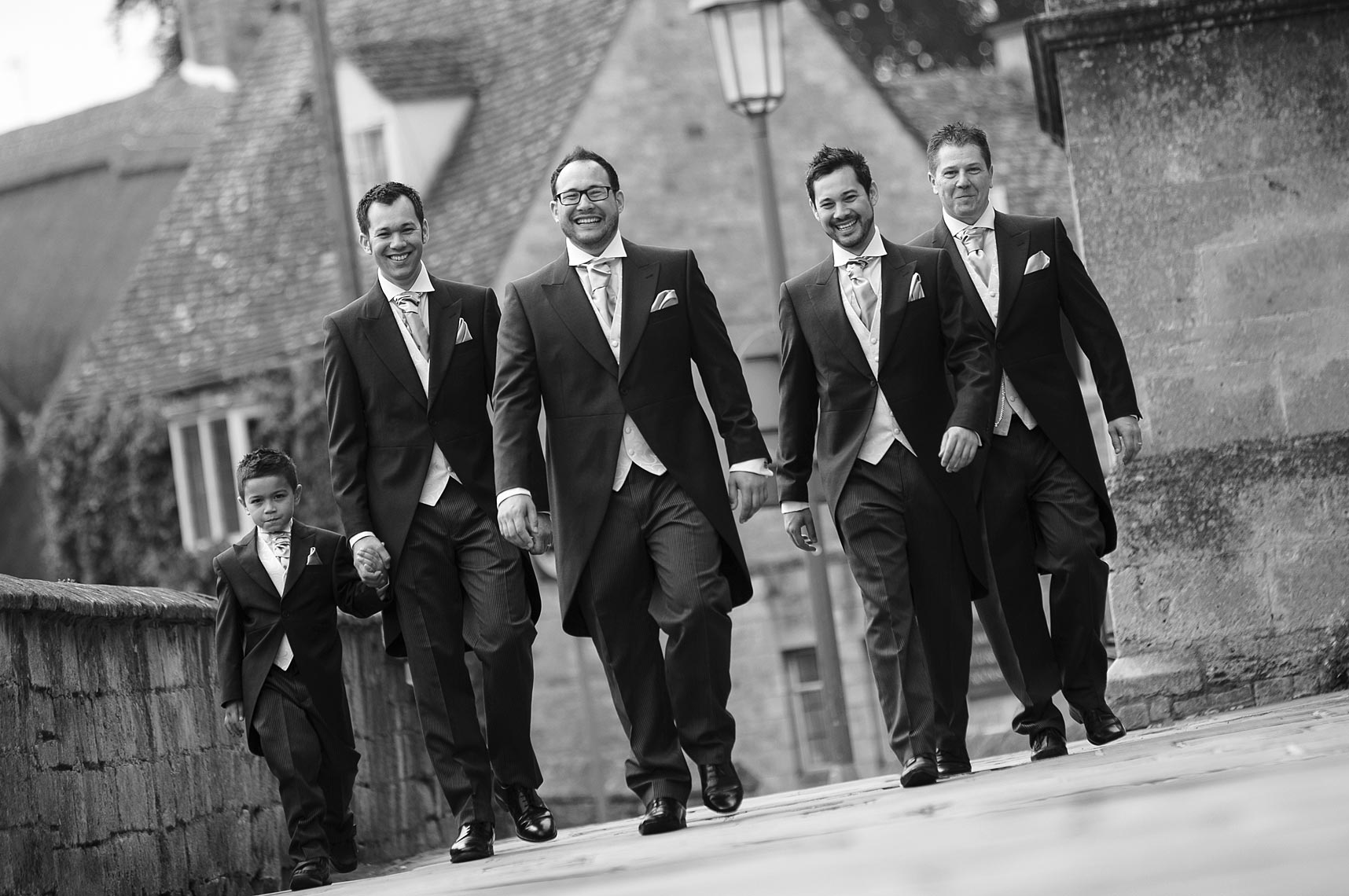 contemporary-groomsmen-picture.jpg