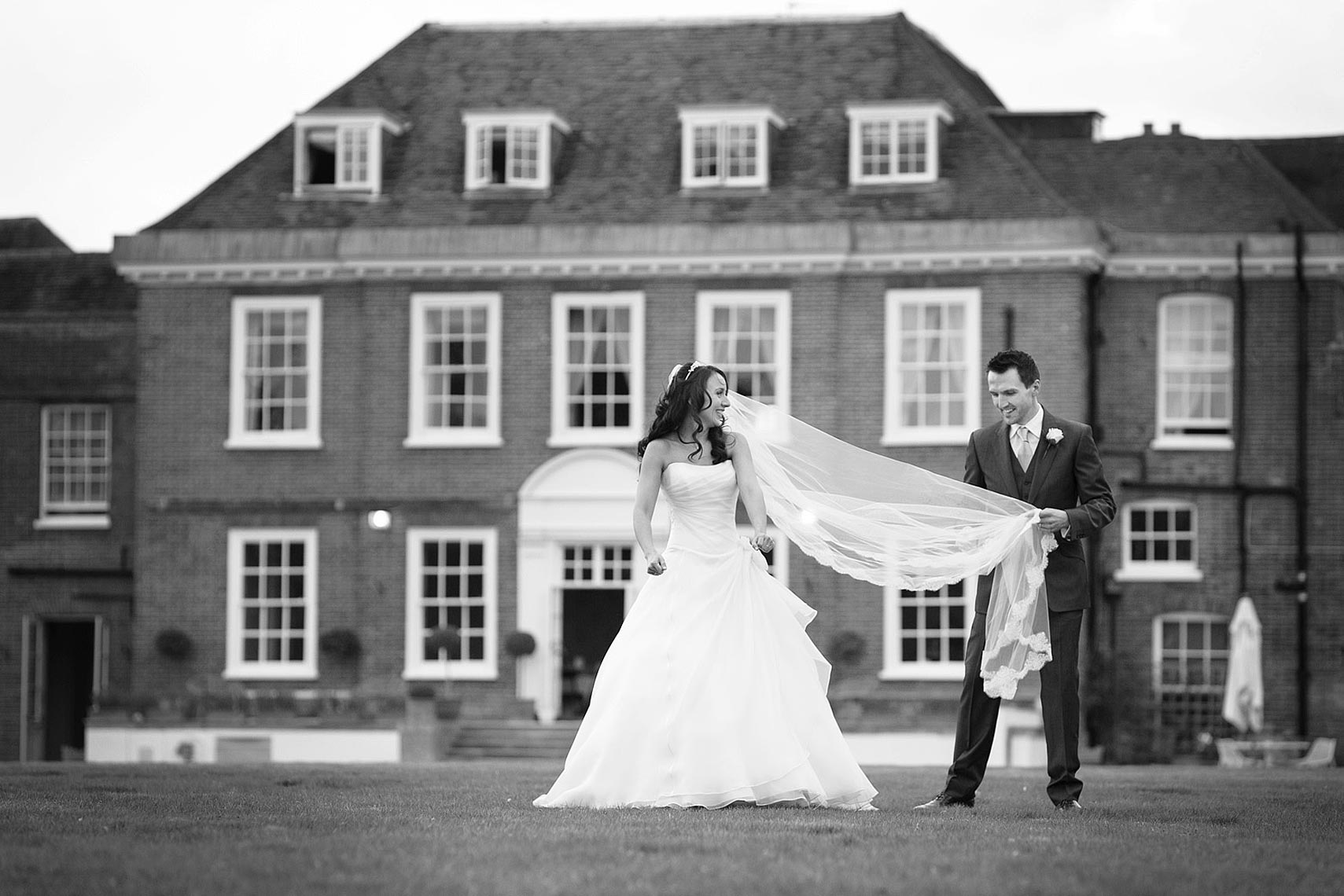 contemporary-wedding-photograph-Stoke-Place.jpg