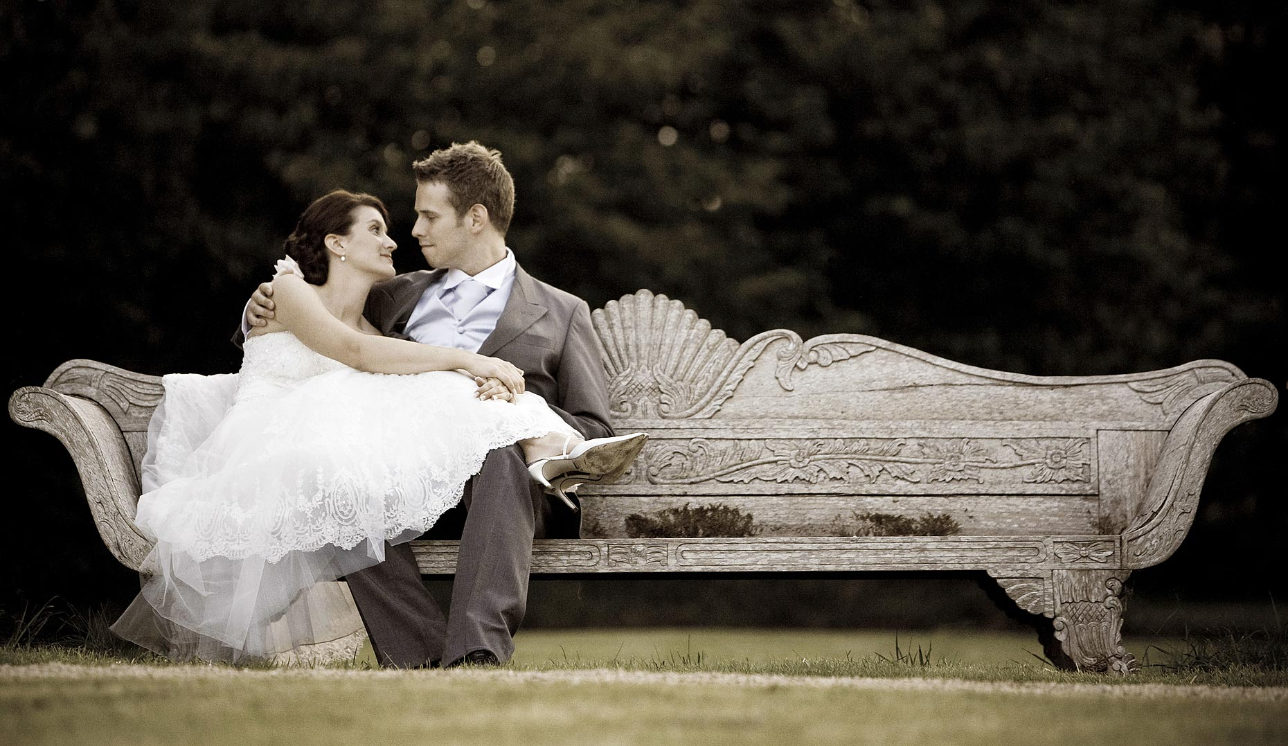 natural-wedding-photography-Surrey.jpg