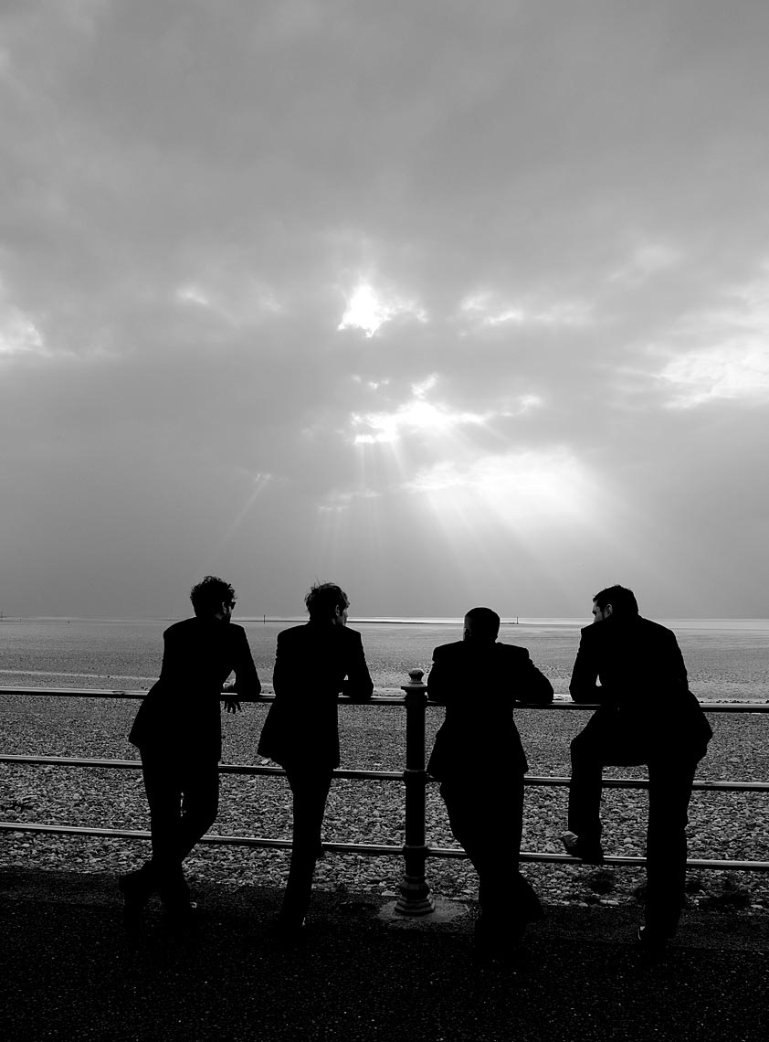 reportage-wedding-photograph-of-groomsmen.jpg